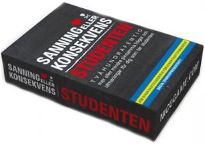 Sanning eller Konsekvens Student är det ultimata studentspelet som innehåller frågor om klasskompisarna, skoltiden och studenten.