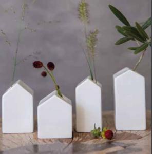 Vaser Little Garden House - Räder
