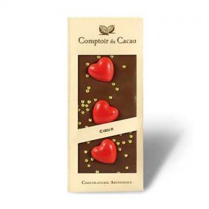 Ljus Chokladkaka med hjärtan