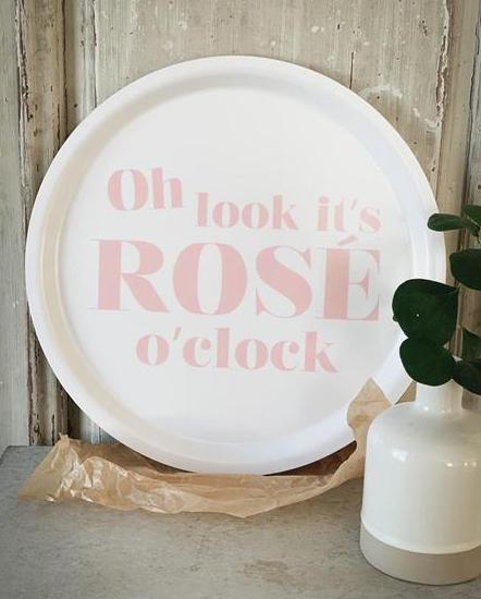 "Bricka ""Rosé o'clock"" • Pryloteket"