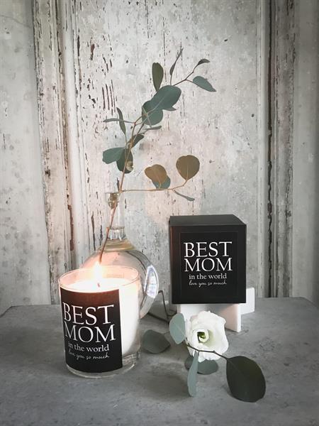 "Best Mom"" Doftljus (citrongräs) • Pryloteket"