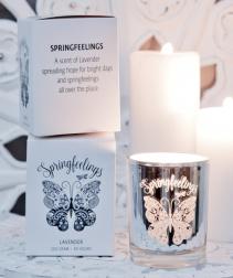 Doftljus Springfeelings (Lavendel) från Majas Lyktor/Barncancerfonden