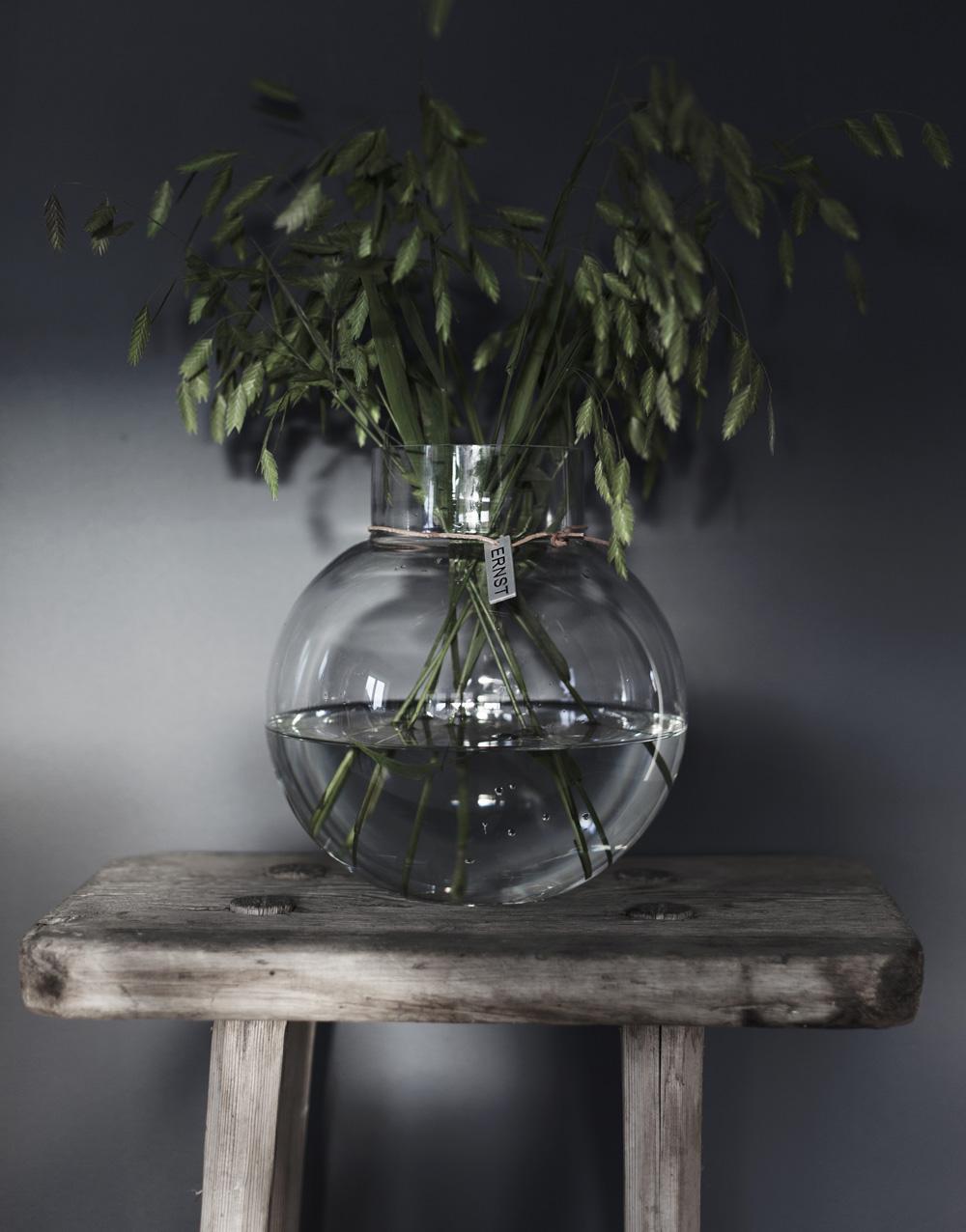 Rund glasvas, klarglas - Ernst Kirchsteiger (13 x 14cm) • Pryloteket