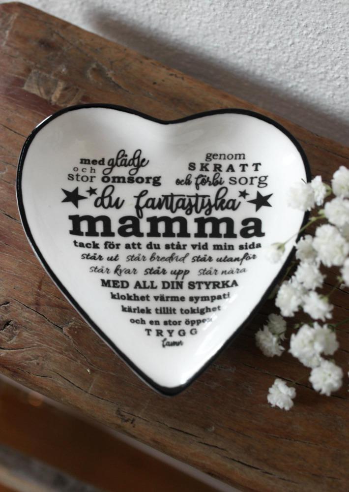 """Hjärtformat minifat """"Mamma"""" - Majas lyktor/Barncancerfonden"""