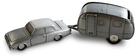 Sparbössa Bil med husvagn (Tennfinish)